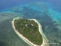 Sandinsel mit Bootsanleger
