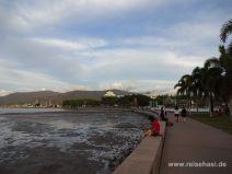 Promenade am Wasser