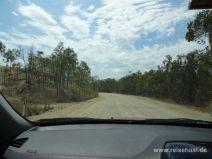 Unasphaltierte Straße zum Cape Hillsborough Nationalpark