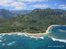 Aussicht vom Hubschrauber auf Tunnel's Beach auf Kauai