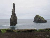 Felsen vor der Küste in Casais do Baixo