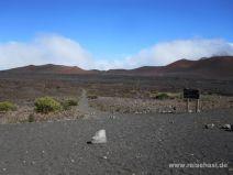 Weggabelung im Krater