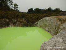 Giftig grüner Säuresee