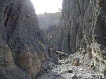 Zwischen den hohen Putangirua Pinnacles