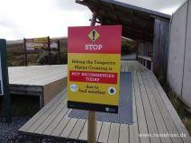 Warnschild am Wanderstart des Tongariro Alpine Crossing
