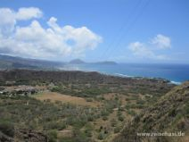 Aussicht vom Wanderweg am Diamond Head Krater auf Oahu