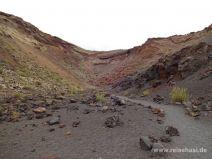 Unten im Krater